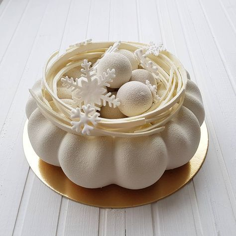 2,983 отметок «Нравится», 70 комментариев — kao_rich_ (@assel_ashimova) в Instagram: «Доброе утро! Тео, шоколадный бисквит, хрустящий слой, ванильный крем, мусс с молочным шоколадом.…»
