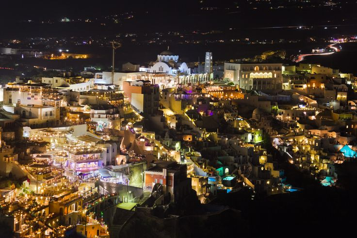 Santorini by night (Fira)