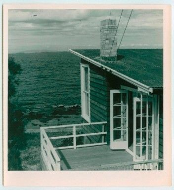 Neville Wright House (designed by Vernon Brown), Takapuna, Auckland, 1944 LOW RES