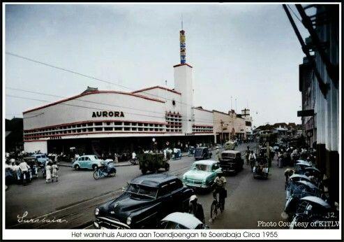 Toko Aurora 1955