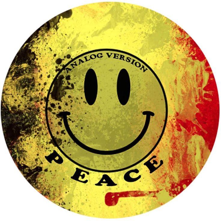 FOLLOW ANALOG VERSION ON FB DJ ESP 7 MAGGIO 2016 @ ROMA #acid  #smile #techno #party #club #roma #milano #detroit #berlin #london #ny #tb303 #tr909 #roland #moog #korg #maggio #fun #peace #residentadvisor #discogs #rave #rage #music #sound #soundcloud #peace #love #dontforget by analogversion