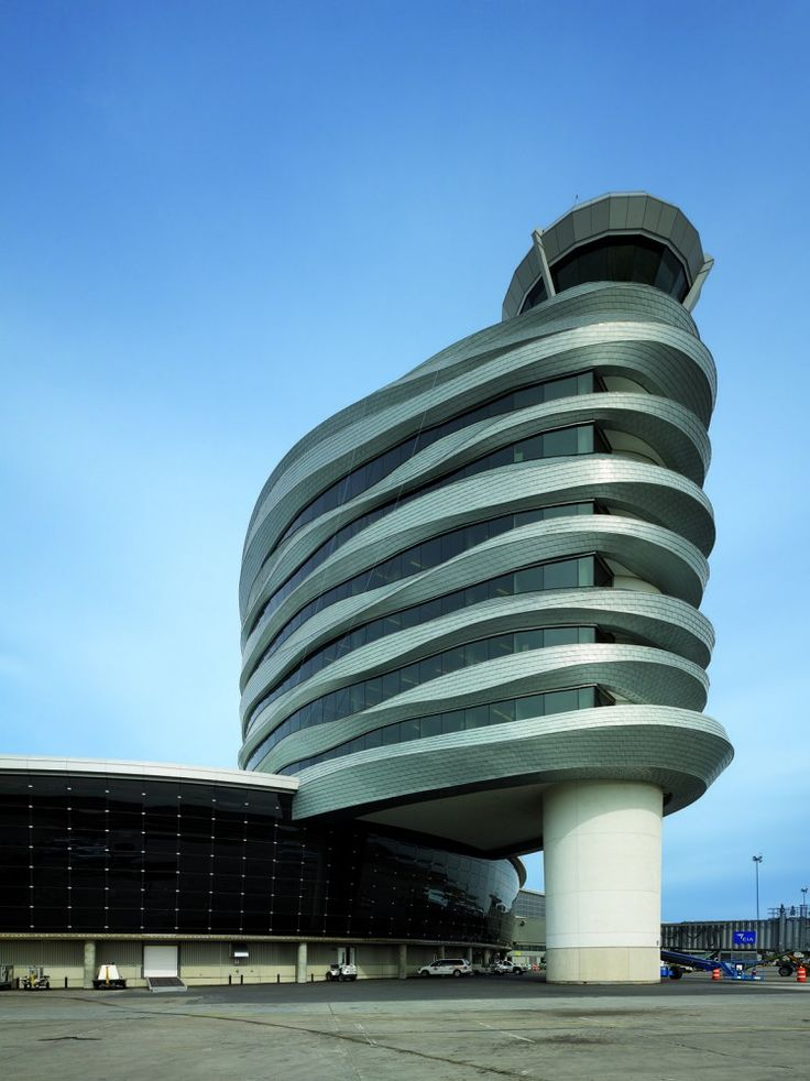 Edmonton Airport Offices and Control Tower / DIALOG | More on: http://www.pinterest.com/AnkAdesign/structure-lines/