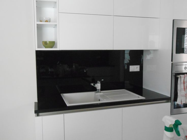 beautiful black glass splashback - our work #glass #splashback #glasssplashback