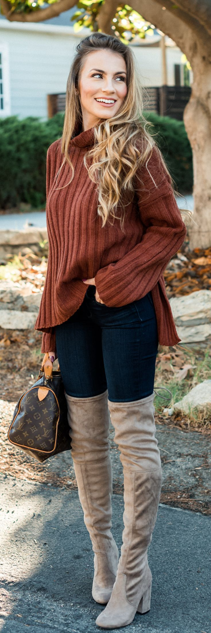 Fall Outfit I love - Brown sweater, blue jeans and Over the knee boots. #hellogorgeous