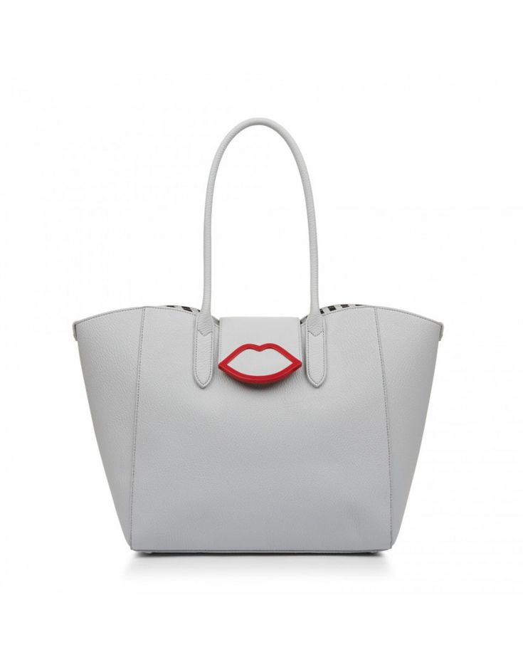 Beautifully designed with style and function in main focus, the Women's Cupids Bow Large Sofia Tote Bag by Lulu Guinness makes the perfect investment this year.