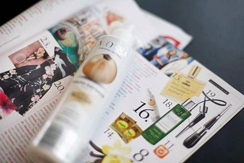 Crema - Mousse detergente naturale con ribes bianco e AHA acidi della frutta #allskintypes Purifica efficacemente la pelle lasciandola fresca e luminosa. Tornerà disponibile da domani. http://www.vecchiabottega.it/crema-mousse-detergente-mossa-cosmetics.html #vecchiabottega #mossacosmetics #PHneutro #bestseller #acquistionline