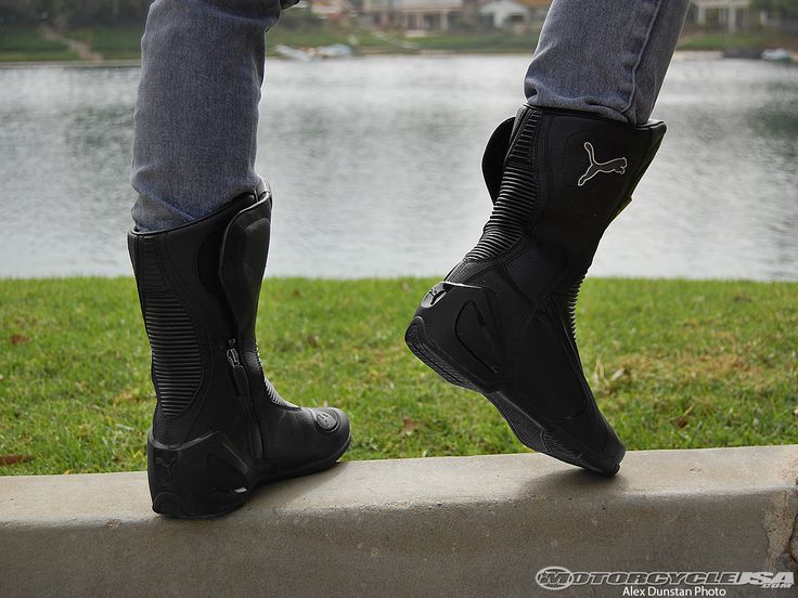 http://www.motorcycle-usa.com/photo-gallery/puma-roadster-v3-motorcycle-boot-review/
