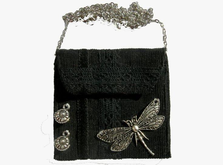 """Gothic-Schmuck -  Täschchen-Kette schwarz Libelle """"Brustbeutel"""" - ein Designerstück von Miss-ZierWeeerk bei DaWanda"""