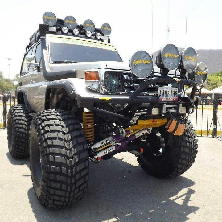 Lights, winch, snorkel, lifted, roof mounted tent?