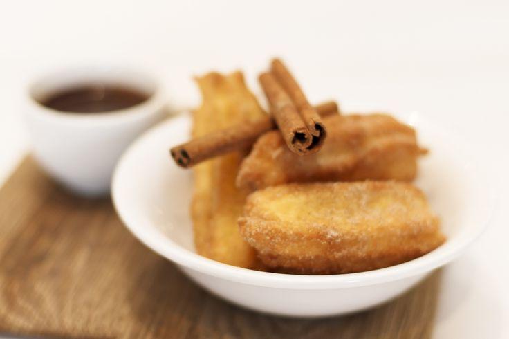 Spanish cinnamon and sugar coated doughnuts at Peddlars & Co! New on the Graciales menu.