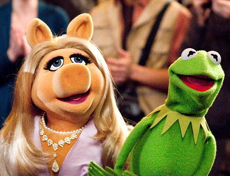 To the dismay of many, earlier this year, longtime Hollywood power couple Kermit the Frog and Miss Piggy decided to part ways.