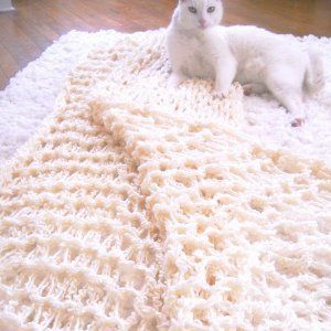One Hour Arm Knit Blanket | AllFreeKnitting.com