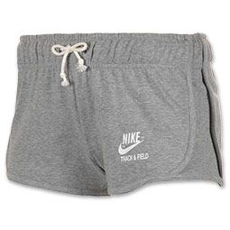 Cute and sporty, the Women's Nike Vintage Fleece Tempo Shorts are an easy option to throw on with any kind of top; hoodies, tees, and tanks included.  Made of 100% soft cottony fabric, they feel great against skin, too, so you can lounge or workout in them.  These athletic shorts also have a cool vintage style with their classic cut and old-school Nike logo on the lower left-side leg. FEATURES:  FABRIC: 100% cotton FIT: Stretch waist with interior ...