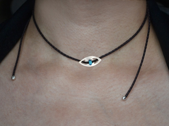 "Necklace ""White Tiger Eye""  Leather Choker necklace, with a 925 silver element, in an eye shape."