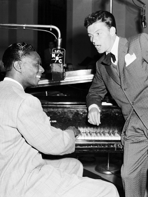 Frank Sinatra & Nat King Cole 2 of my favorite all time artists ❤