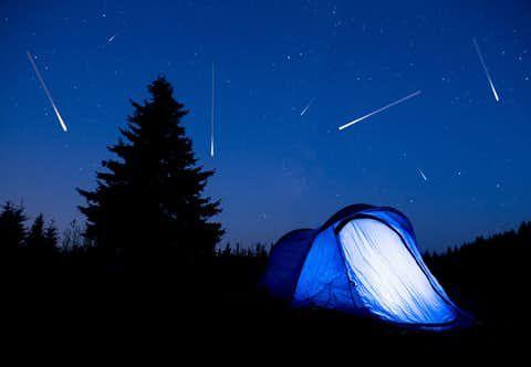 De kans is groot dat je eind juli vallende sterren ziet ...