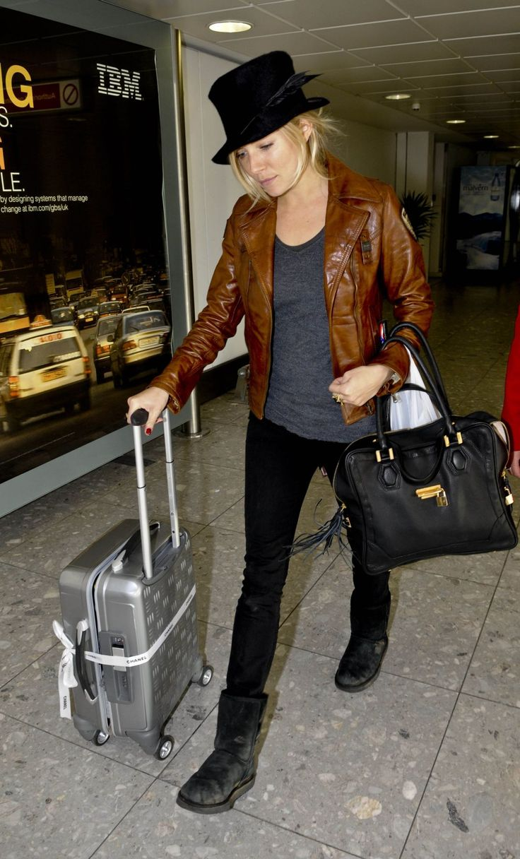 leather jacket and top hat (With images) Airport outfit