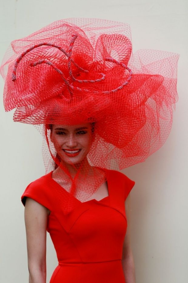 I feel like there was away to do this hat right and that was not managed here. I do like the underlying materials though and the highly structured dress. - Ladies' Day at Ascot