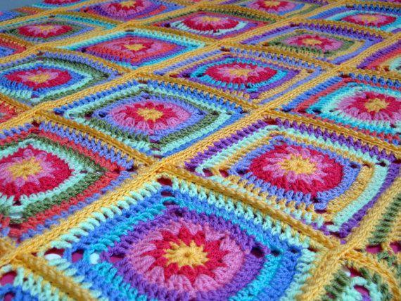 Gehaakte vierkantjes van de Afghaanse deken oma door Thesunroomuk