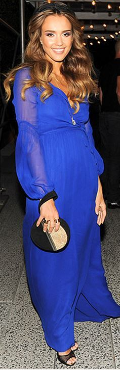 Who made Jessica Alba's blue long sleeve maxi dress, clutch handbag, and black pumps that she wore in New York?