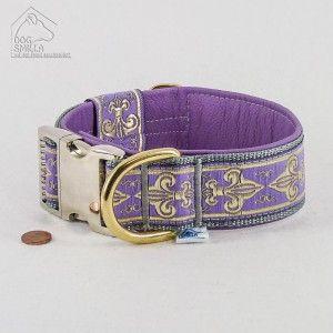 "Leder-Halsband ""Fleur de Lis"", 40mm, lila  39,90€"