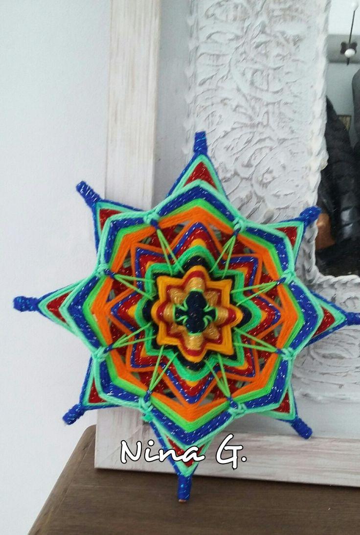 Mandala hilado de lana de 8 puntas. Vilassar.