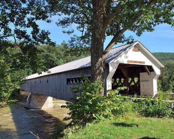 The West Dummerston Bridge was built by Caleb B. Lamson in 1872 and at 280-feet is the longest covered bridge in Vermont.