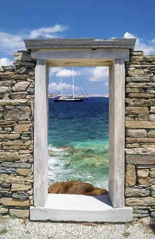 Ruinas cercanas a la isla de Delos, Grecia.