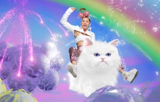 """Pamela Reed + Matthew Rader: MTV VMAs 2015 : Host: Miley Cyrus"""""""