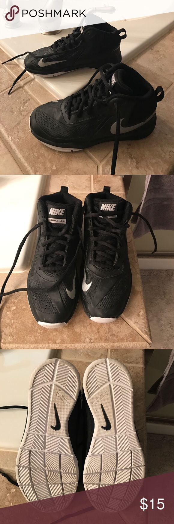 Boys Nike Basketball Shoes size 1y Boys Nike Basketball Shoes - size 1Y and in great condition.  Used for three months and never worn off the court or outside.  No damage or tears. Nike Shoes Sneakers