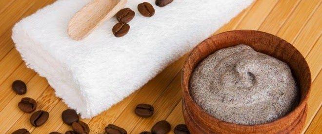 Zatul de cafea face minuni pentru frumusete. In acest articol vei gasi cateva retete de masti si tratamente de infrumusetare cu zat de cafea foarte usor de facut acasa : http://blog.cosulbio.ro/2014/11/zatul-de-cafea-face-minuni-pt-frumusete.html