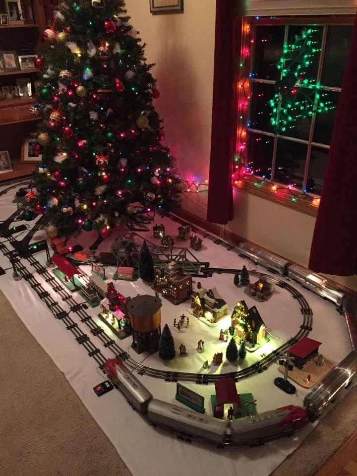 Christmas Train Decoration Ideas | Psoriasisguru.com