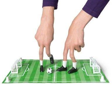 FINGER FOOTBALL GAME : Games : Tiger UK