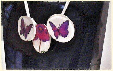 ZSISKA handmade jewellery Collezione Butterfly delicate farfalle che danzano per un fiore aggiungono un tocco allegro, giocoso ma anche elegante al tuo look. Viva la primavera.