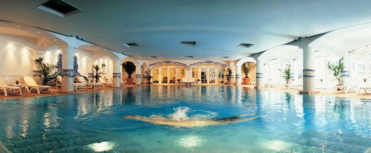 SUISSE - GRAND HOTEL DU GOLF & PALACE ***** en vente privée chez VeryChic - Ventes privées de voyages et d'hôtels extraordinaires