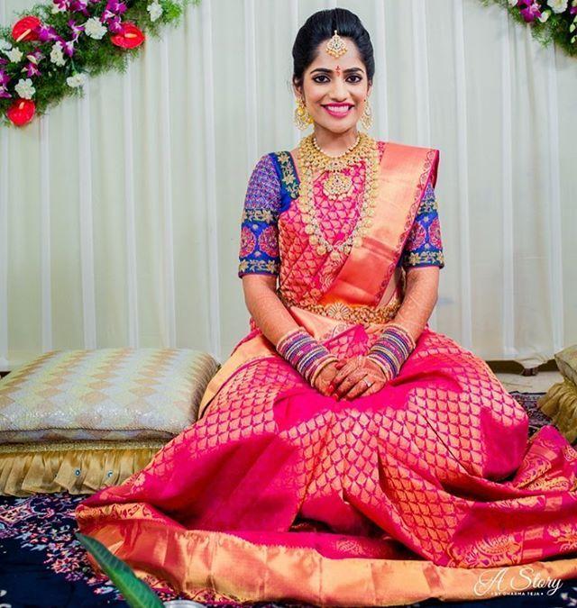 Love the cobalt blue with the fuschia ! Shot by @astorybydharmateja #saree #blouse #pink #wedding #kanjeevarAm #southindianbride #southbride #saree #silk #kanjivaram #kanchi #pattu #brides #bridal #weddingdress