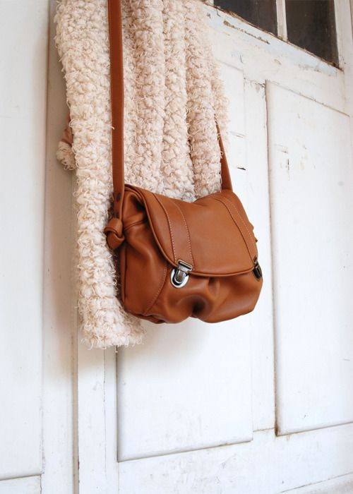 "Sac cartable cuir marron caramel  ""Isaak"""