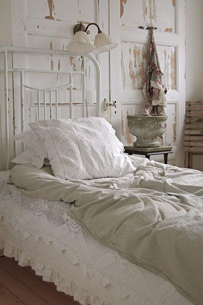 EN MI ESPACIO VITAL: Muebles Recuperados y Decoración Vintage: En blanco { In white }