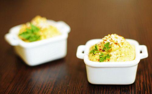 humus cu iaurt