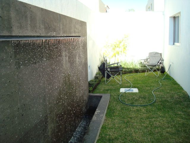 8 best images about muro lloron on pinterest garden - Muro de agua ...
