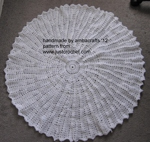 Crocheted circular baby shawl, made for Make ME by talented contributor amba crafts!