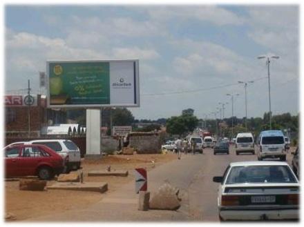Tsamaya Road , Mamelodi.    Tsamaya Road, Close to the Mamelodi Hospital, Mamelodi Central. Travelling from CBD to Mamelodi