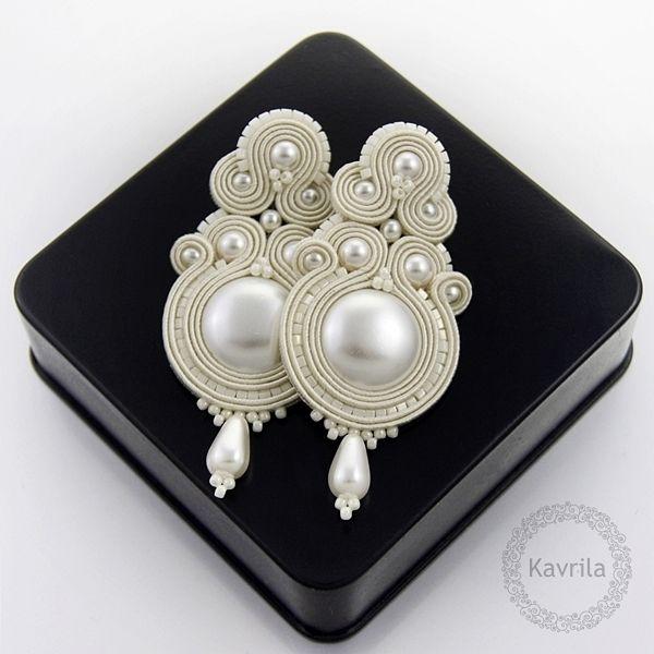 Syline light ivory soutache - kolczyki ślubne sutasz KAVRILA #sutasz #kolczyki #ślubne #rękodzieło #soutache #handmade #earrings #wedding #ivory #kavrila
