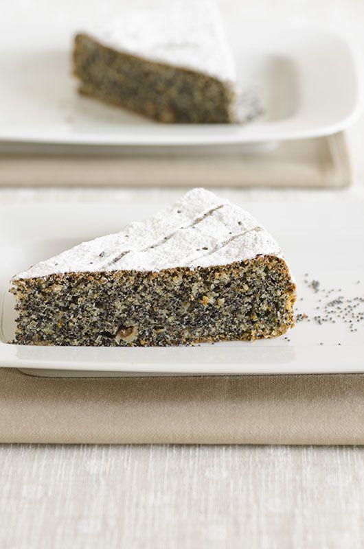 fettina di torta di semi di papavero e nocciole