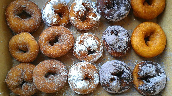Mini-Donuts from Beavers Coffee + Donuts