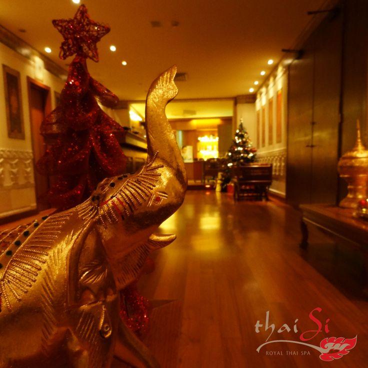 Natale in stile thailandese al Thai Si - Royal Thai SPA vicino Treviso - #christmas #elephant #gold