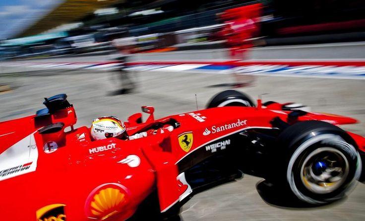 Gran Premio di Malaysia Sepang, prove libere: Kimi e la Ferrari iniziano a fare paura alle Mercedes -