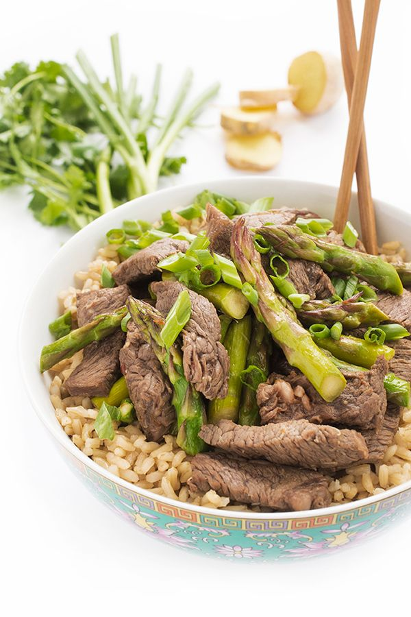 Sesame Ginger Beef and Asparagus Stir Fry - a quick dinner recipe