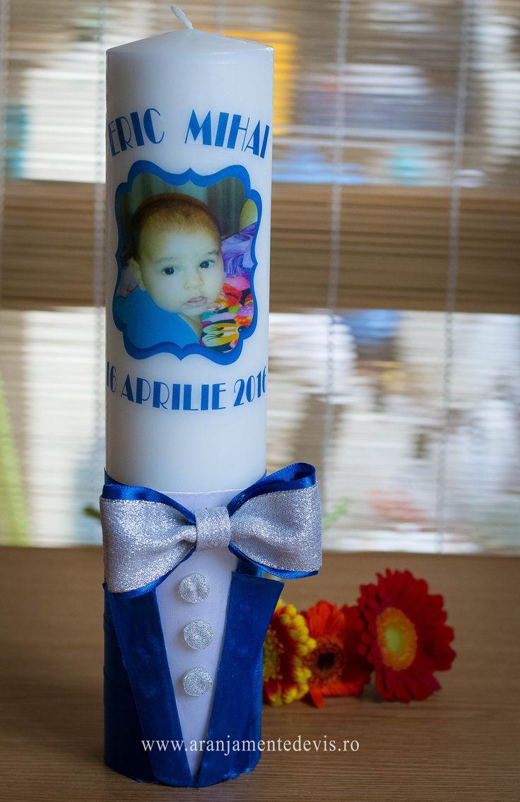 Lumanare botez scurta eleganta si personalizata  www.aranjamentedevis.ro