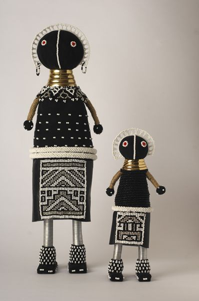 Ndebele dollls at Mahatsara - Deco